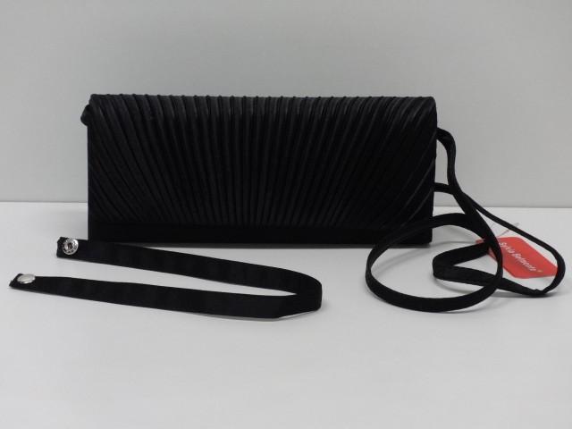 Alkalmi táska  fekete (Sylvia Belmonte) - Csilla Bőrdíszmű webáruház 8772cf78c6